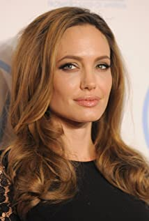 Angelina Jolie New Picture - Celebrity Forum, News, Rumors, Gossip