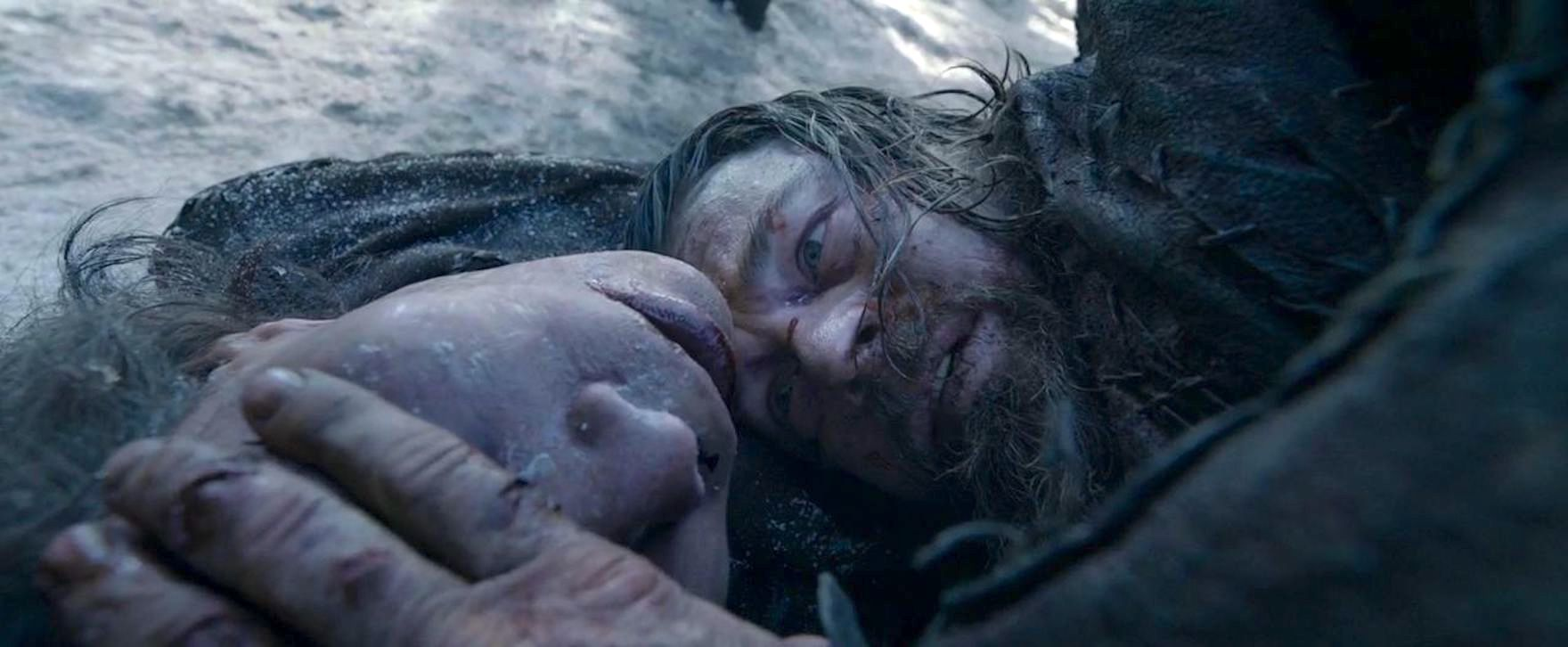 Leonardo DiCaprio and Forrest Goodluck in The Revenant (2015)