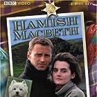 Robert Carlyle and Shirley Henderson in Hamish Macbeth (1995)