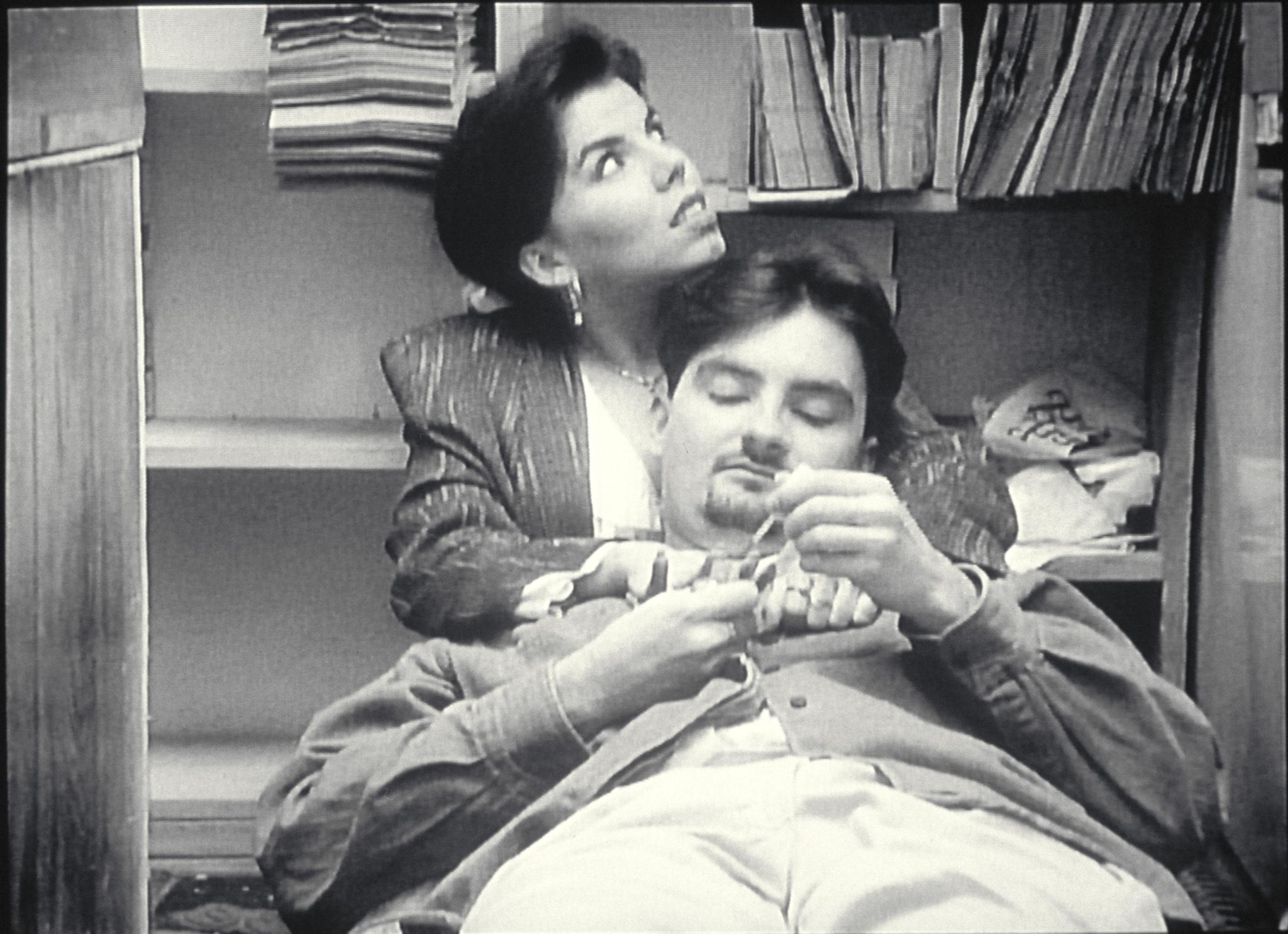 Marilyn Ghigliotti and Brian O'Halloran in Clerks (1994)