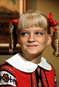 Primary photo for Susan Olsen
