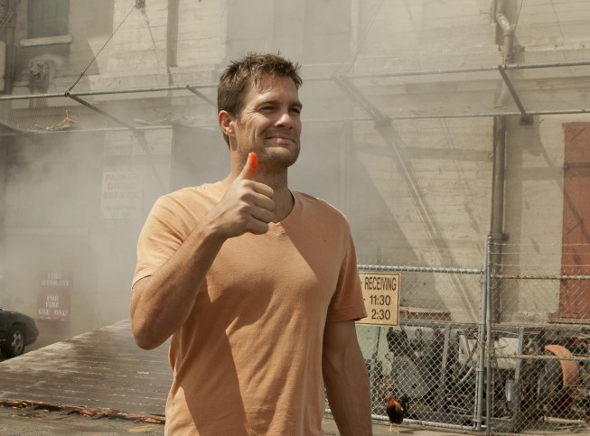 Geoff Stults in An Orphan Walks Into a Bar (2012)