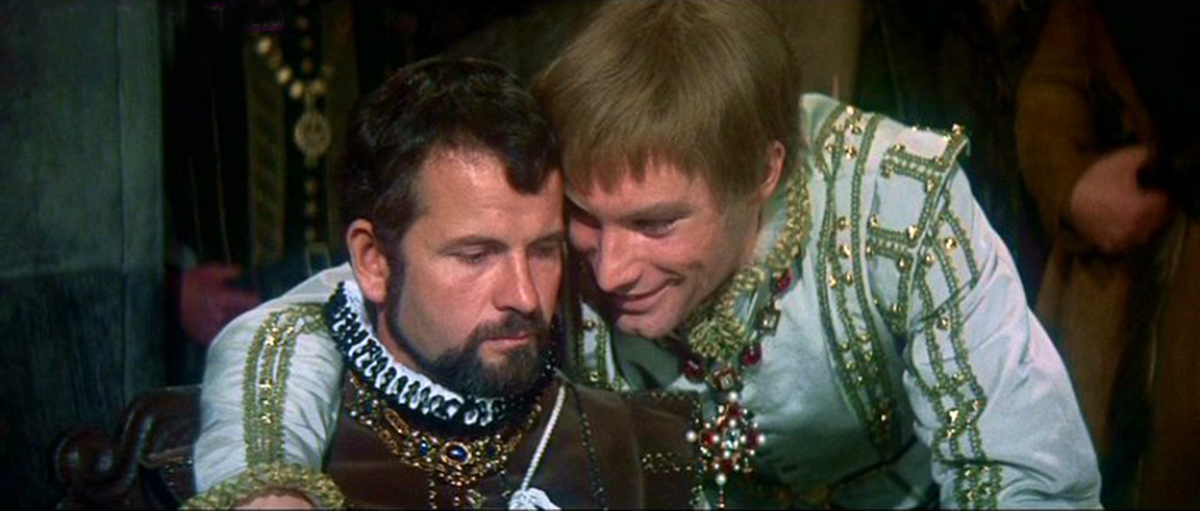 Ian Holm and Timothy Dalton in Mary, Queen of Scots (1971)