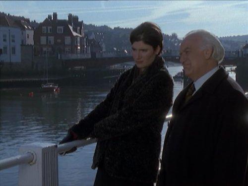 Valerie Edmond and John Thaw in Kavanagh QC (1995)