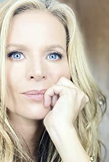 Jessalyn Gilsig Picture