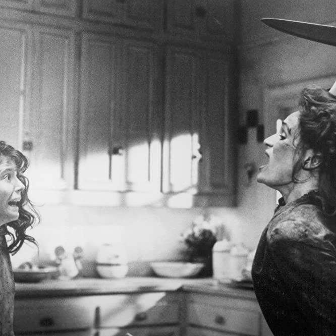 A.J. Langer and Wendy Robie in The People Under the Stairs (1991)