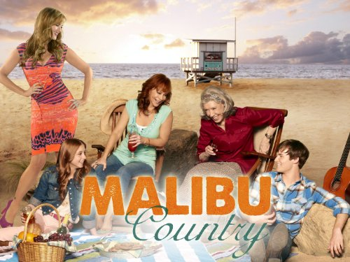 Reba McEntire, Lily Tomlin, Sara Rue, Justin Prentice, and Juliette Angelo in Malibu Country (2012)