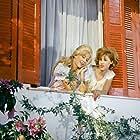 Zoi Laskari and Hloi Liaskou in Merikoi to protimoun kryo... (1963)