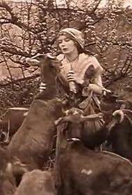 Renée Sylvaire in La bergère d'Ivry (1913)