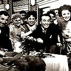 María Esther Gamas, Diana Maggi, Pedro Maratea, and Pascual Pelliciota in Mi noche triste (1952)