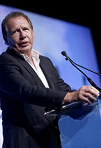 Primary photo for Garry Shandling