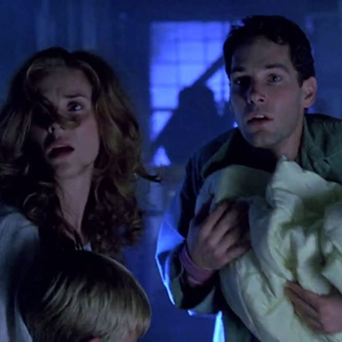 Marianne Hagan and Paul Rudd in Halloween 6: The Curse of Michael Myers (1995)