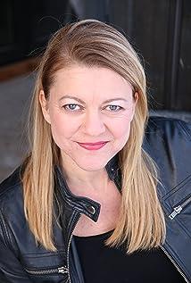 Jacqueline Clements Picture