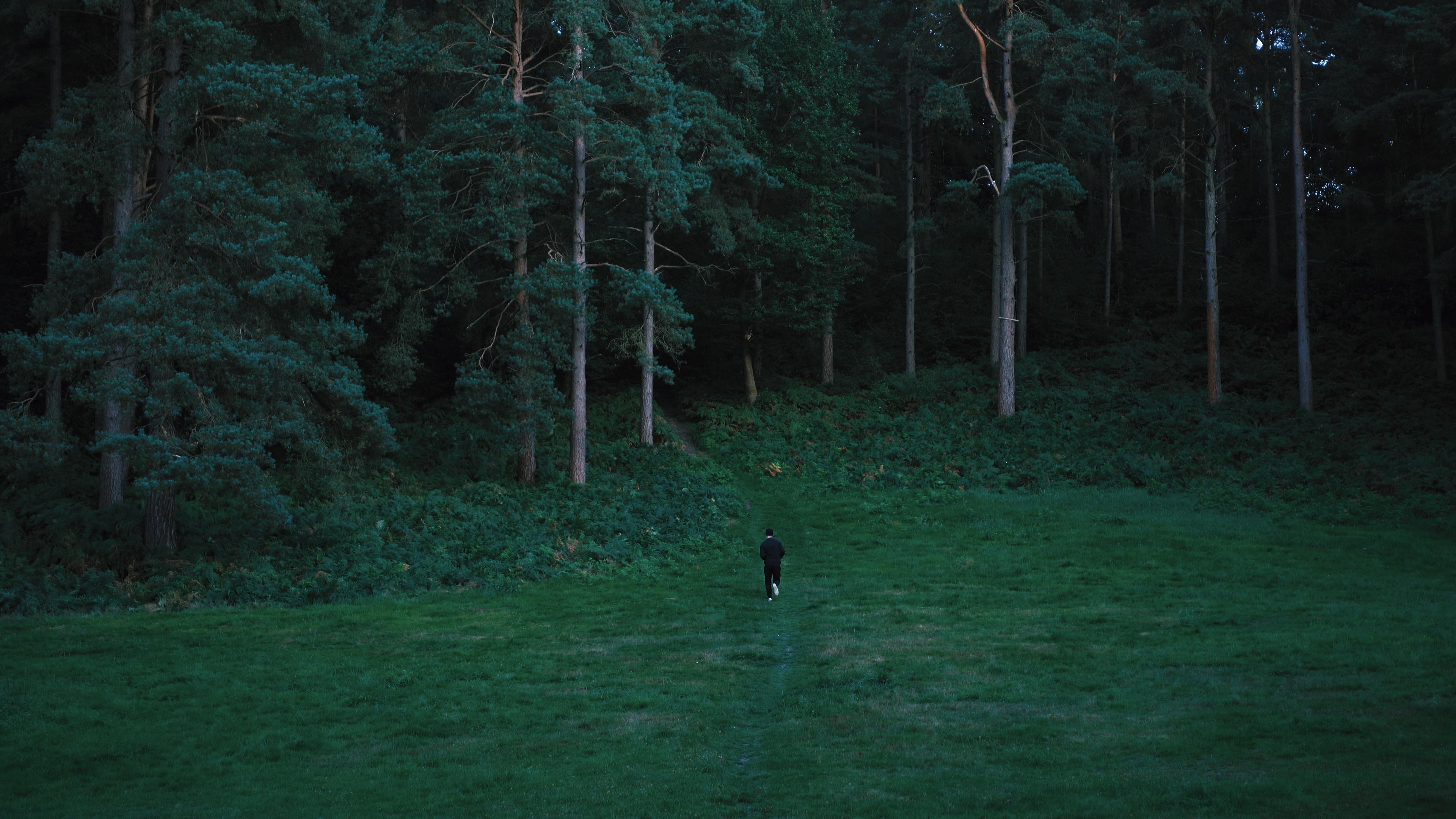 Aidan Knight in Dominion (2020)