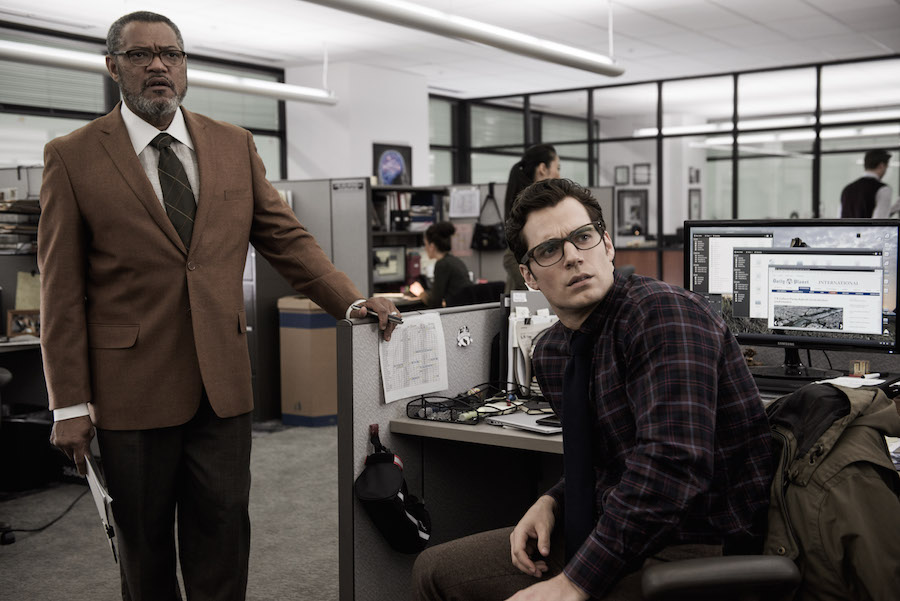 Laurence Fishburne and Henry Cavill in Batman v Superman: Dawn of Justice (2016)