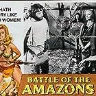 Lucretia Love and Genie Woods in Le Amazzoni - Donne d'amore e di guerra (1973)