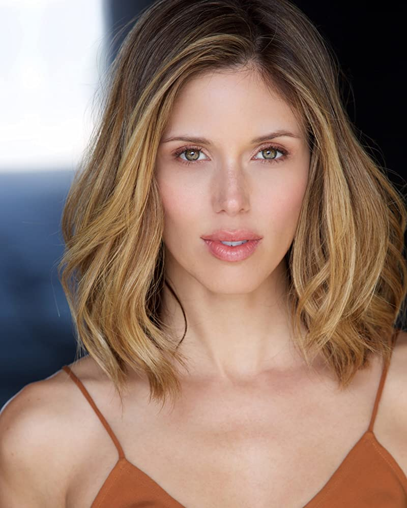 pictures Kayla Ewell