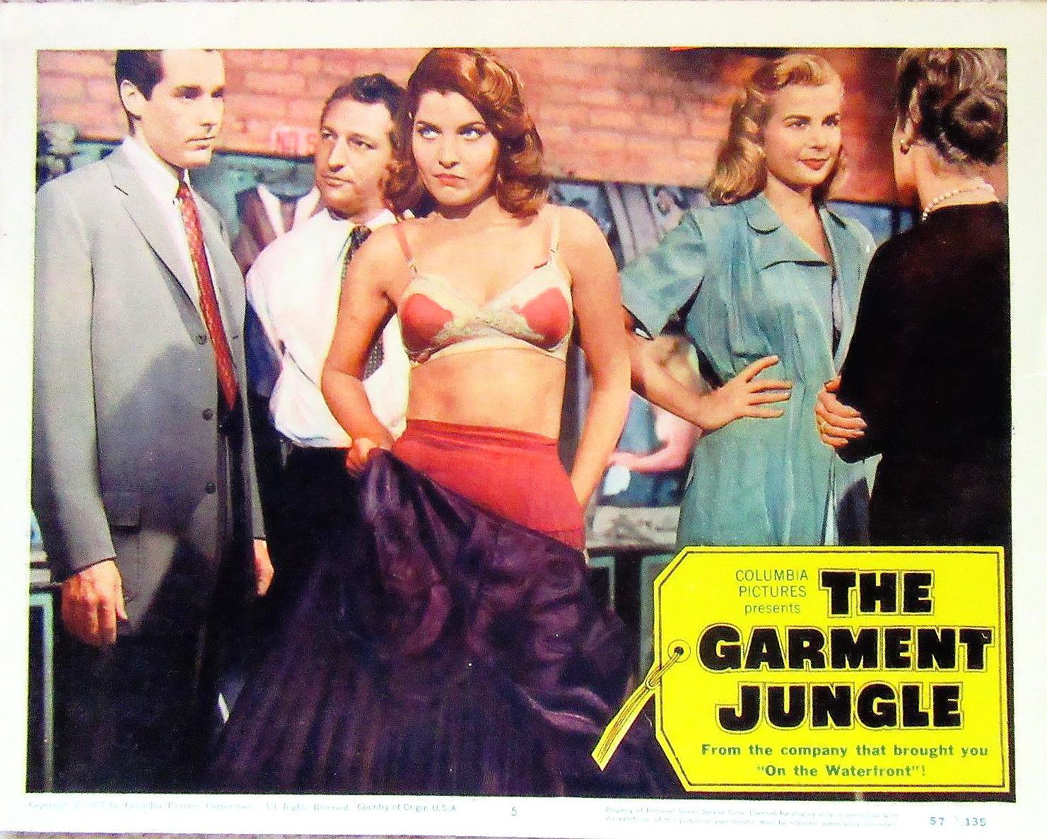 Jann Darlyn, Madelyn Darrow, Joe Lanza, Kerwin Mathews, and Gia Scala in The Garment Jungle (1957)