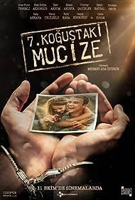 Aras Bulut Iynemli and Nisa Sofiya Aksongur in Yedinci Kogustaki Mucize (2019)