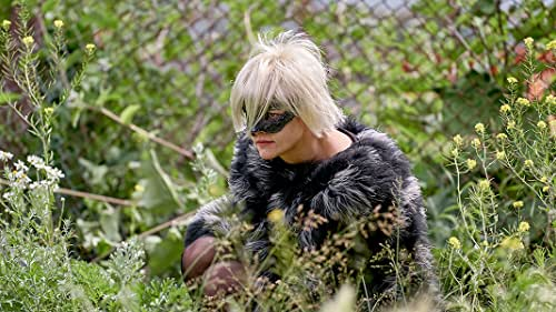 A young woman named Savannah Knoop (Kristen Stewart) spends six years pretending to be the celebrated author and cult status character JT LeRoy, the made-up literary persona of her sister-in-law (Laura Dern).