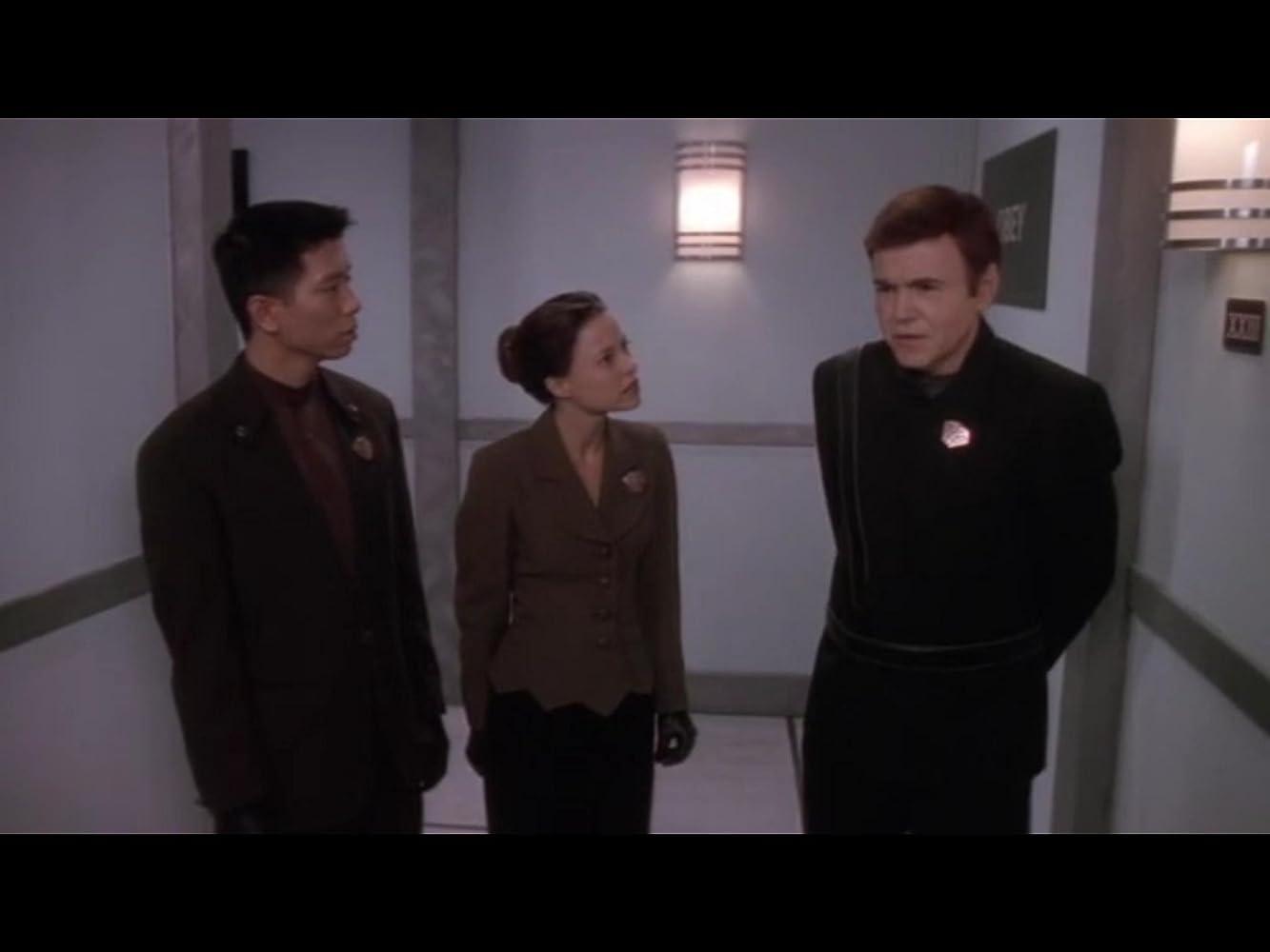 Walter Koenig, Dana Barron, and Reggie Lee in Babylon 5 (1993)
