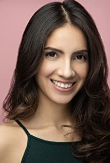 Vanessa Velasquez Picture