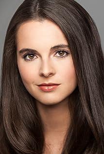 Vanessa Marano Picture