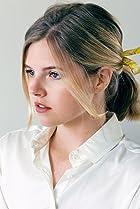Ana Mulvoy Ten