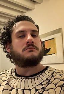 Sebastián Hiriart Picture
