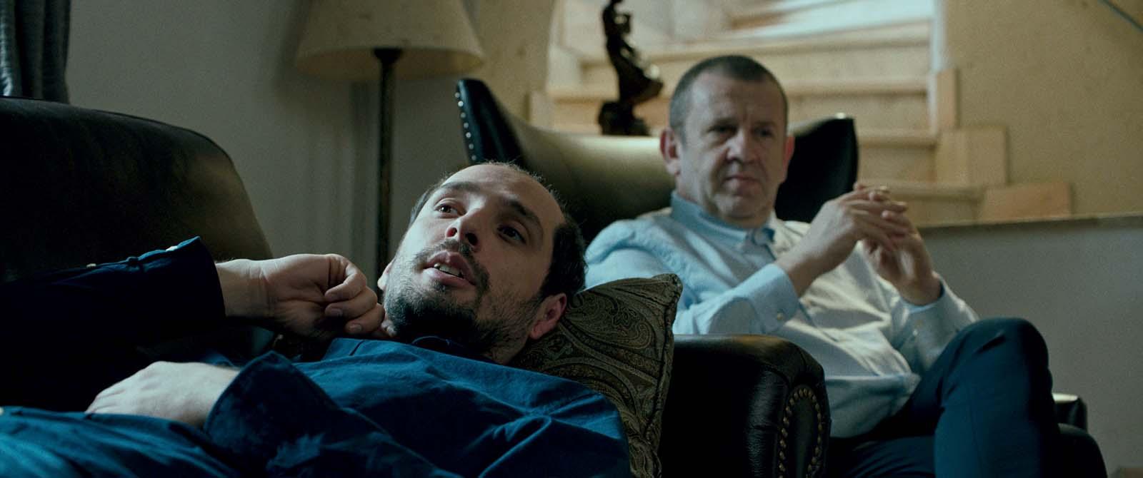 Adrian Titieni and Mircea Postelnicu in Ana, mon amour (2017)