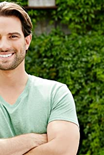 Scott McGillivray Picture
