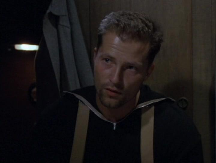 Til Schweiger in In Enemy Hands (2004)