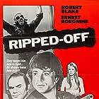 Ernest Borgnine, Robert Blake, Tomas Milian, and Catherine Spaak in Un uomo dalla pelle dura (1972)