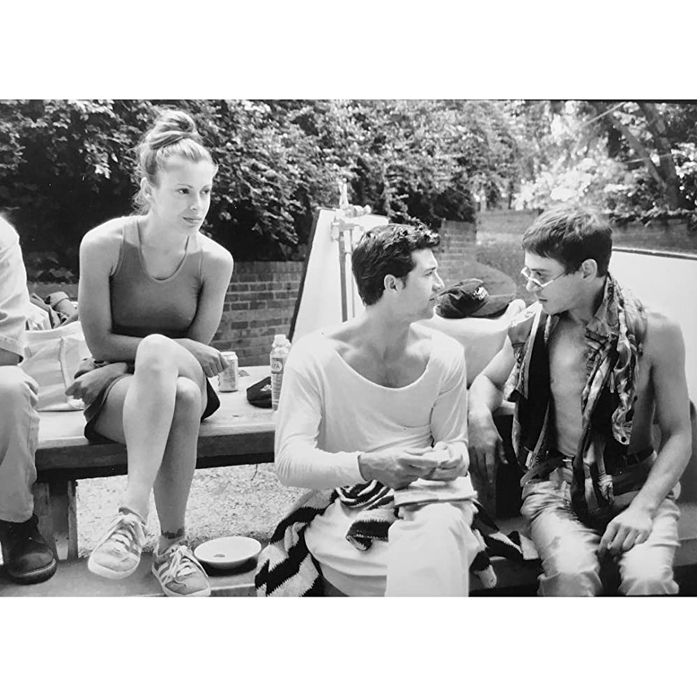 Alyssa milano sitting by a pool nudes (46 photo), Selfie Celebrity pics