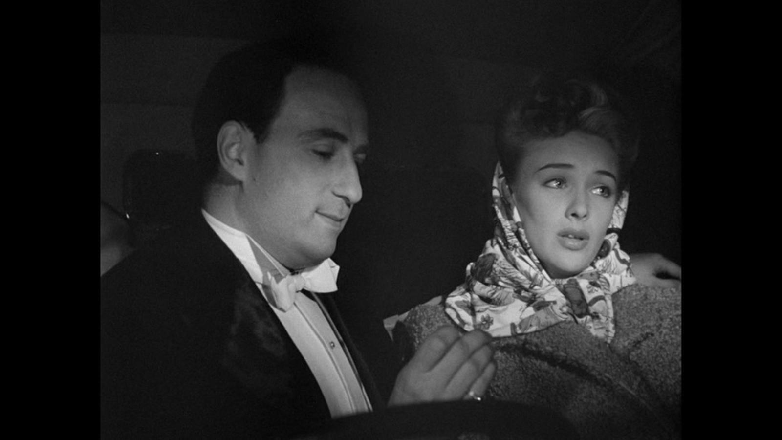 Susan Shaw and Sydney Tafler in It Always Rains on Sunday (1947)