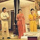 Ambika, Kamal Haasan, V.K. Ramasamy, Kovai Sarala, and Y.G. Mahendran in Uyarntha Ullam (1985)