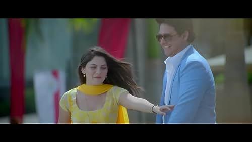 Mitwaa is a love triangle starring Swapnil Joshi as Shivam, Sonalee Kulkarni as Nandini and Prarthana Behere as Avani.