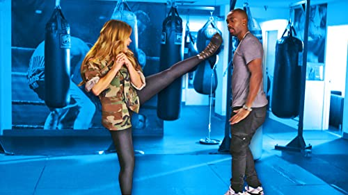 Zulay Henao Teaches Jay Hand to Hand Combat
