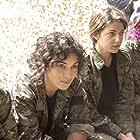 Esther Garrel and Camélia Jordana in Soeurs d'armes (2019)