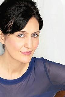 Jacqueline Antaramian Picture