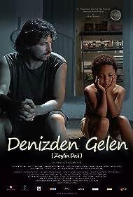 Onur Saylak and Jordan Deniz Boyner in Denizden gelen (2010)