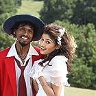 Oviya and Sendrayan in Moodar Koodam (2013)