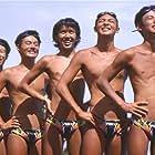 Takatoshi Kaneko, Kôen Kondô, Akifumi Miura, Satoshi Tsumabuki, and Hiroshi Tamaki in Waterboys (2001)
