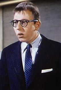 Archer MacDonald Picture