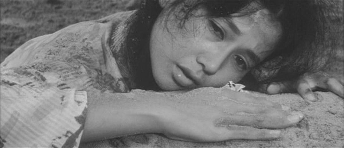 Reiko Dan in Chi to suna (1965)