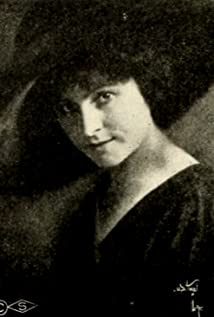 Stella Razeto Picture