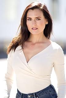 Lisa Sorenson Picture