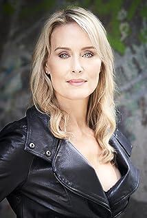 Jeanette Roxborough Picture