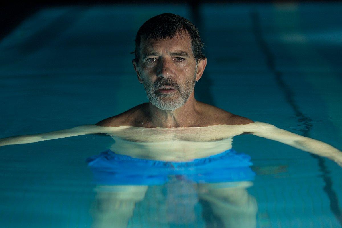 Antonio Banderas in Dolor y gloria (2019)