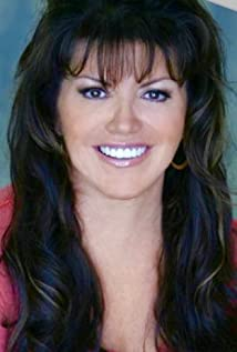 Gina Lee Picture